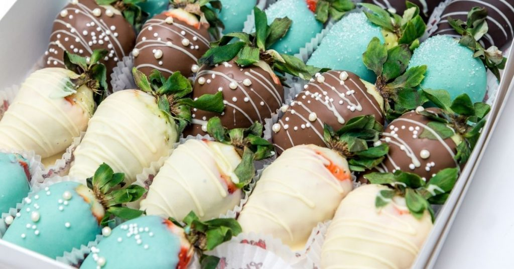 How Much to Charge for Chocolate Covered Strawberries