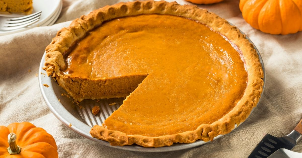 What Does Pumpkin Pie Taste Like? [Recipe Included]